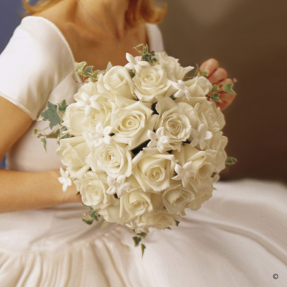 Wedding Flowers On A Budget Uk: Wedding Flowers In Pinner, Middlesex And Hertfordshire